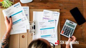 Jak wystawić invoice w UK?