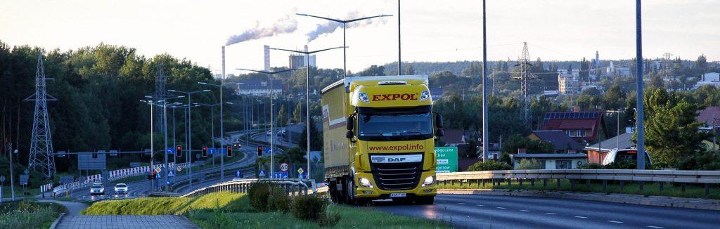 Kierowca w UK. Bardzo popularną, w branży transportowej formą zatrudnienia jest założenie spółki LTD.